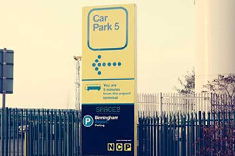 Birmingham-Airport-Car-Park-5-Sign