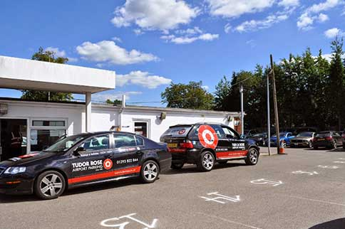 Gatwick-Airport-Tudor-Rose-Park-and-Ride-Office