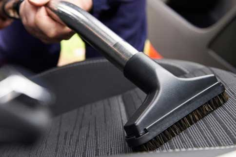 Exeter-Airport-Flyparks-Car-Cleaning