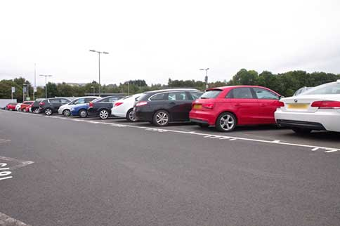 Luton-Easy-Meet-and-Greet-Parking-Spaces