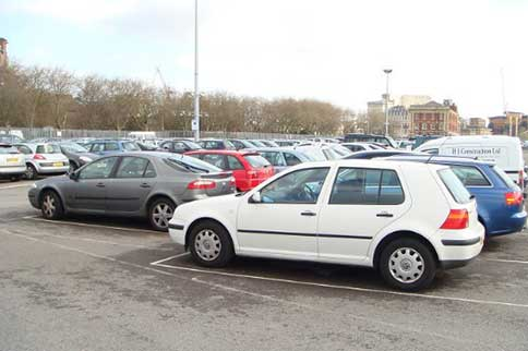 Luton-Easy-Meet-and-Greet-Parking-Spaces-2