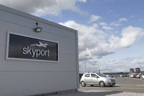 Glasgow-Skyport-Park-and-Ride-Signage